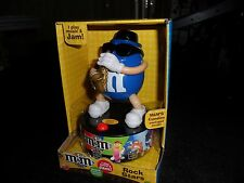 BLUE M & M CANDIES SAXAPHONE PLAYING MUSICAL COLLECTIBLE....M & M ROCK STARS