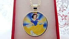SNOW WHITE PRINCESS PENDANT NECKLACE STRONG 22  INCH GIFT BOX BIRTHDAY PARTY