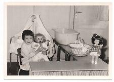 PHOTO Classe de Maternelle 1950 École Enfant Écolier Poupée Biberon Landau Fille