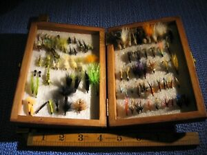 90+ VINTAGE ANTIQUE HAND TIED FISHING FLYS FLIES LURES SALMON TROUT JOB LOT BOX
