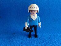 Playmobil Policia con walkie talkie policeman with walkie talkie  Polizist Funk