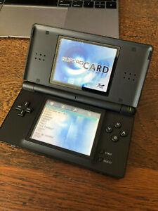 Nintendo DS Lite noire avec Supercard 16 gb