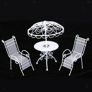 1:12 Dollhouse Miniature Table with Umbrella Lounge White Outdoor Furniture