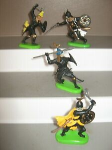 Britains Deetail Turkish Saracen knights 4 in 4 poses mint cond unboxed. set 5