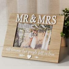 Wedding Gift 5 x 7 Wooden Heart Photo Frame Mr and Mrs New Boxed WG93557