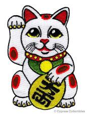 MANEKI NEKO embroidered PATCH LUCKY WAVING BECKONING CAT iron-on ANIME GOOD LUCK