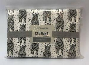 The Land of Nod 100% Organic Cotton Toddler Sheet Set in Zebra Savanna