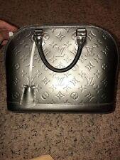 EUC Auth LOUIS VUITTON givre vernis leather ALMA PM handbag bag purse