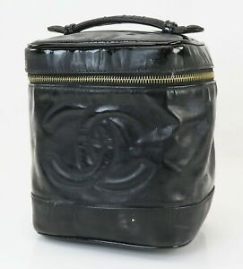 Auth CHANEL Black Patent Leather Cosmetics Pouch Vanity Case Travel Bag #40616B