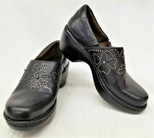 Ariat Size 7M Womens Black Leather Strathmore Studded Clogs 21201
