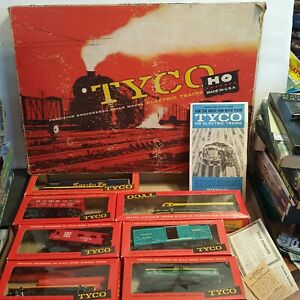 "VINTAGE TYCO SANTA FE ""BLUE BIRD"" HO TRAIN SET NO. T6306B 1960'S WITH BOXES EUC"