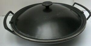 LE CREUSET Round Large Black Cast Iron WOK With Black Metal Lid - Size 36 cm
