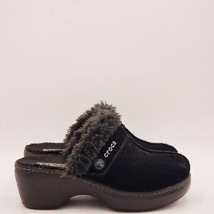 Crocs Women's fur Slippers Size 6 Medium B312