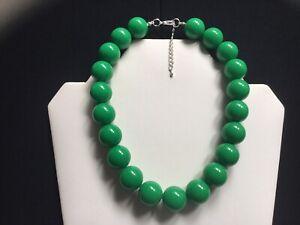 Women's Chunky Emerald Green Bead Choker Necklace