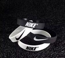 2 Bracciali In Gomma Silicone Nike Nero e Bianco Calcio Sport Moto Auto