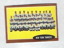 1962  TOPPS   NEW  YORK YANKEES  #  251  NICE