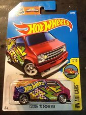 Hot Wheels CUSTOM Super 77 Dodge Van w Real Riders 2016 L Case