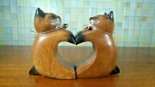 Wooden Pairs Cat Mesh Heart Hand Carved Rain Tree Wood Home Decor Collect Gift