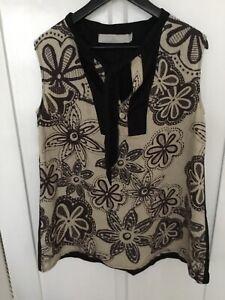 Tiffany Treloar Linen Top Size 4