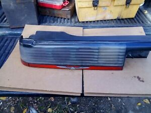 1987 1988 FORD THUNDERBIRD T BIRD TURBO COUPE DRIVER  SIDE TAIL LIGHT