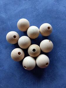 10 Stück Holzkugeln Buche Ø 30mm mit Halbbohrung