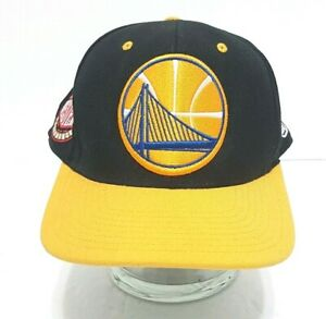 MITCHELL NESS Golden State Warriors NBA Hat Black with Yellow Bill Fitted 7 1/2