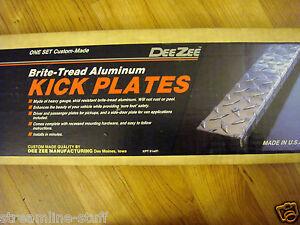 Dee Zee #908 Brite Tread Kick Plate Set 99-07 Chevy Silverado GMC Sierra Pickups