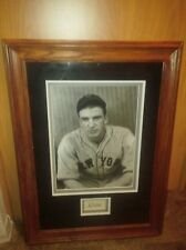 """HOF Carl Hubbell Signature Display on a Triple Matted Beautifull Frame With""""LOA"""""""