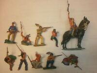 2. Konvolut 10 alte Elastolin Kunststoff Figuren zu 7.5cm Indianer Wildwest