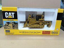 Norscot 1/50 Caterpillar D8R Series II Track-Type Tractor