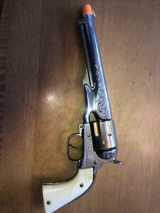 Vintage Hubley colt .45 cap gun