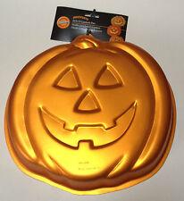 Wilton Iridescents Cake Pan Mold Jack-O-Lantern Pumpkin Orange Halloween Autumn