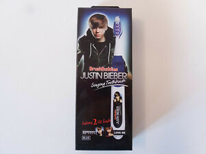 JUSTIN BIEBER SINGING TOOTHBRUSH IN BLUE - FEATURES 2 HIT SINGLES - NEW IN BOX