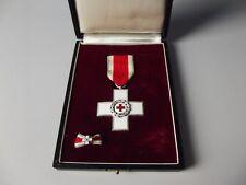 Rotes Kreuz Verdienstkreuz silber im Etui mit Schleife (Herren)