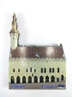 Tallinn Estonia City Hall 9 cm  Holz Souvenir Wood Magnet,Neu