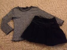 Girl's 2-piece Children's Place outfit size 5/6 black sparkly top velvet skirt