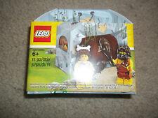 LEGO 5004936 Caveman And Cavewoman Promotional Set
