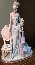 BEAUTIFUL RETIRED LLADRO #1495 LADY OF TASTE FIGURINE FLOWER PORCELAIN LARGE