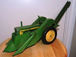 Vintage Original Ertl Eska John Deere 60 Toy Farm Tractor & Corn Picker Set