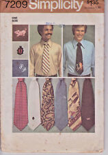 "7209 SIMPLICITY c.1975 - 4.5"" Wide TIE w Monogram & Transfer - MENS One Size"