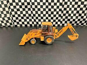 Ertl Case 580K Wheel Loader/Backhoe Tractor - Yellow/Brown - 1:32 Diecast Boxed
