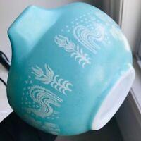 Vintage Pyrex Amish Butterprint 1.5 quart Cinderella Mixing Bowl #442 Turquoise