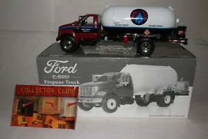 First Gear Ford 650 Propane Delivery Truck, Boxed
