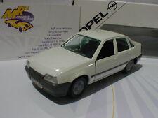Limousinen Modellautos, - LKWs & -Busse von Opel