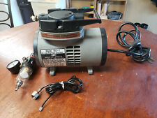 Badger Air-Brush Co. Model 180-1 Oil-less Diaphragm Compressor & Regulator
