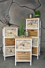Regale im Landhaus-Stil aus Holz