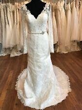 Wedding Dress Long Sleeve Pretty Lace Size 10 Designer