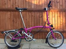 BROMPTON M6R Berry Crush 6 SPEED RACK BICICLETTA PIEGHEVOLE Bici spedizione in tutto il mondo