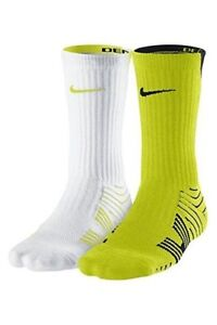 Nike Performance Cushioned White and Green Youth 3y-5y Crew Football Socks NWT