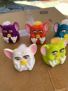 Furby Lot Of 5 1998 McDonald's Happy Meal McFurby  Make Sounds G2q